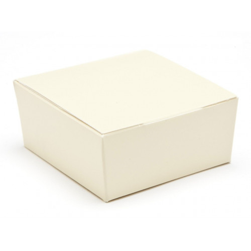 Ready-Assembled 4 Choc Ballotin Flat Top Box Only 66mm x 66mm x 31mm in Cream
