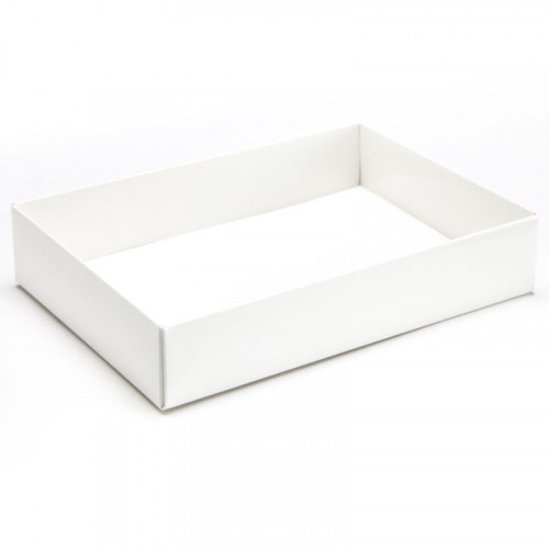 Fold-Up 12 Chocolate Box Base Only 159mm x 112mm x 32mm in White