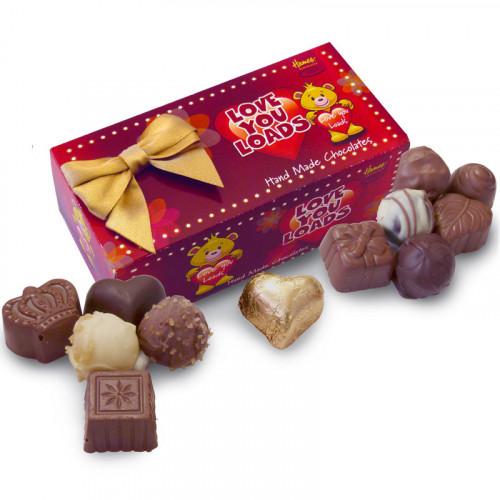 Sentiments Chocolate & Truffles Assortment Ballotin - Love You Loads